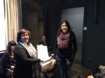 Xita Bauxell entrega el 3r premi a Glòria Fontanella