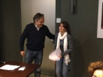 Carles Ribas entrega el 2n premi a Sònia Crespo
